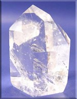 clear quartz opens crown chakra